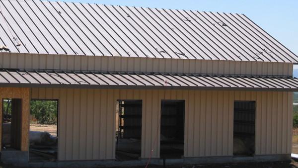 Custom-Barns